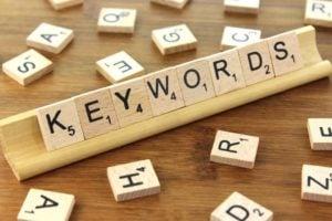 Wybór odpowiednich słów kluczowych w pozycjonowaniu